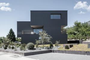 Swiss Simplicity: Munti Unit House Riedholz