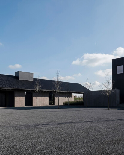 Vincent van Duysen reinterprets the Flemish farm in a modern way for Winery Valke Vleug
