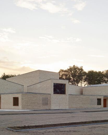 Pierres Blanches Cultural center