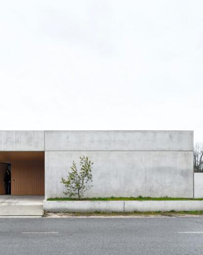 House for a Ceramic Designer