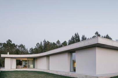GLOMA HOUSE