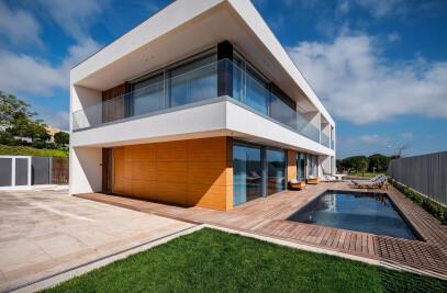 MS House, Vila Utopia