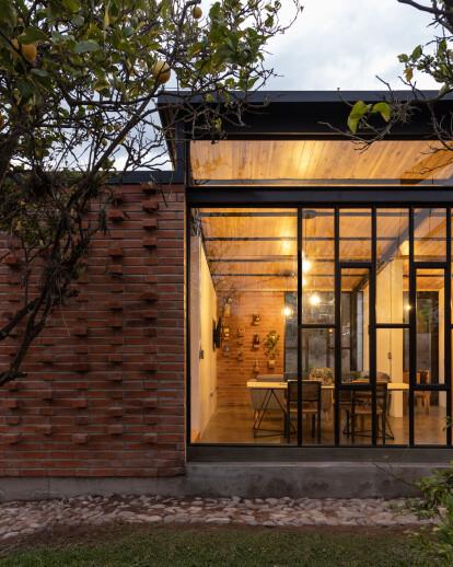 Cuscungo House