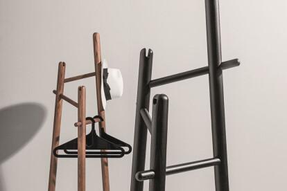 Sakti Coat Hanger