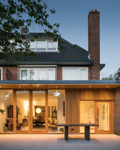 Extension and internal overhaul '30s house