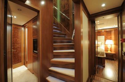 "Interior Timmerman 33m ""Victoria M"""