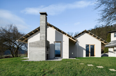 House for simple stay