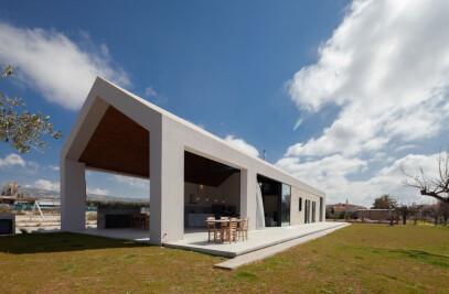 Tina's Barn House