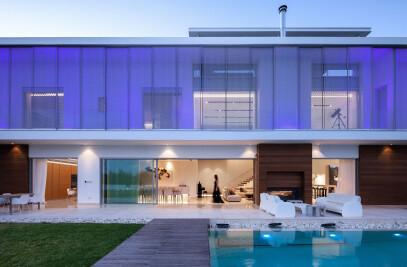 The Linear House