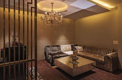 Residence Punjabi Bagh