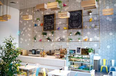 La Petit Treehouse Cafe