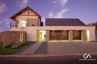 Avant-Garde Farmhouse
