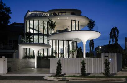 Stiletto House