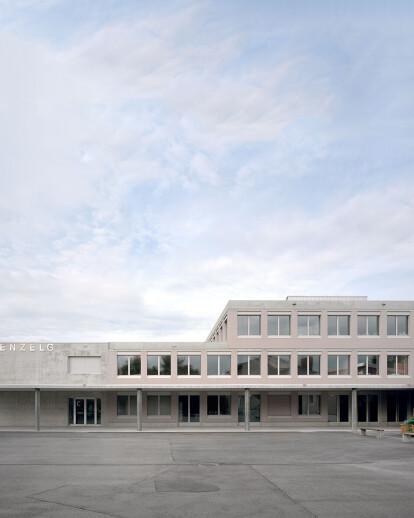 SECONDARY SCHOOL ROMANSHORN