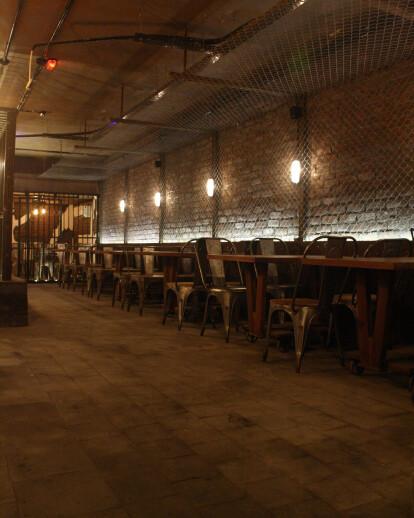 LockUp Restaurant