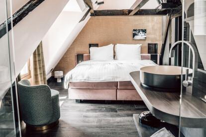 Hotel Frank since 1666 by Jeroen de Nijs