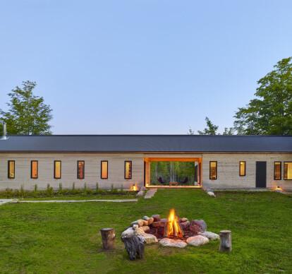 103, Land House