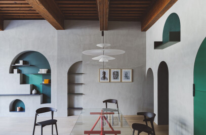 Apartment XVII