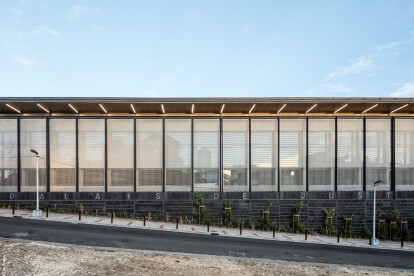 Sun protection facade made of HAVER Architectural Mesh with varying open areas