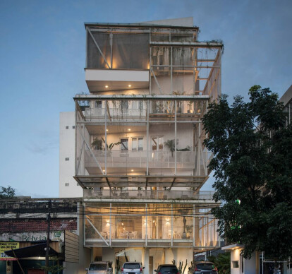 LENORA HOTEL