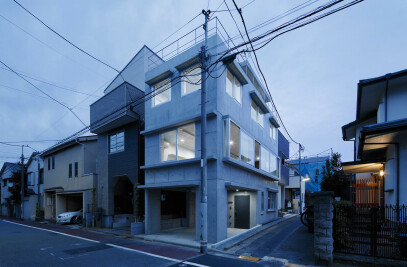 House in Togoshi