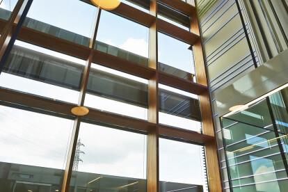 Sede de Enovos (Luxemburgo) - Muro cortina 01
