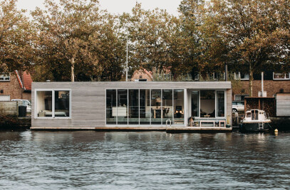 Energy Neutral Floating Villa