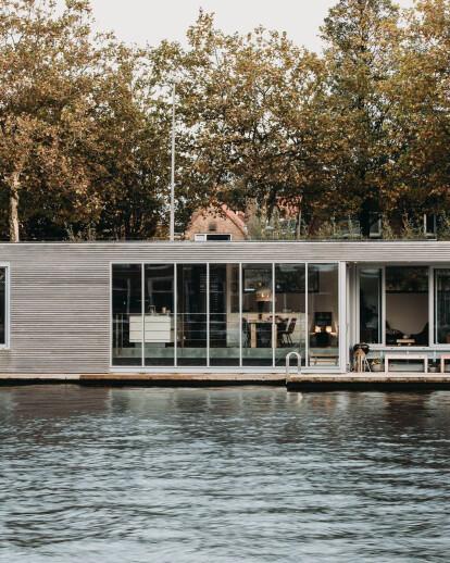 Energy Neutral Floating Villa