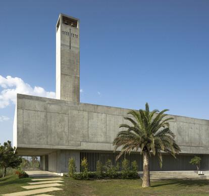 Church in Playa Granada