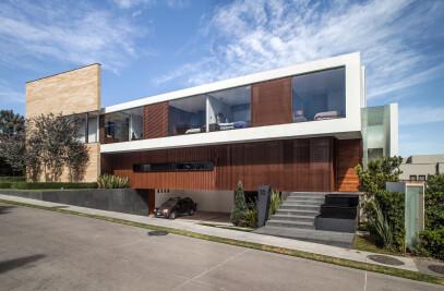 Oak House IV
