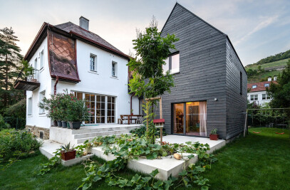 Haus B., Addition, not Demolition