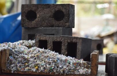 Silica-Plastic Brick