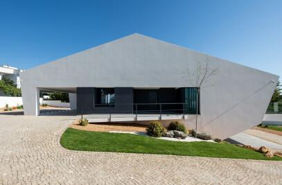 Casa Pereiras Polydrop