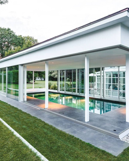 Private Poolhouse