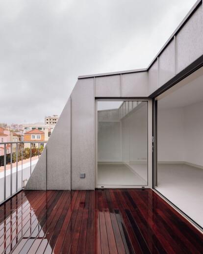 Manuel Bernardes Building