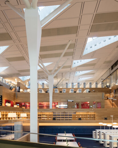 Bolles+Wilson shapes National Library of Luxembourg like amphitheatre for reading under long span roof