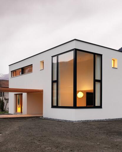 House MMB