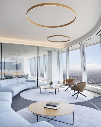 Salesforce Tower Office Space