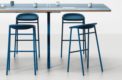 LJ 3 PET Felt Bar Stool