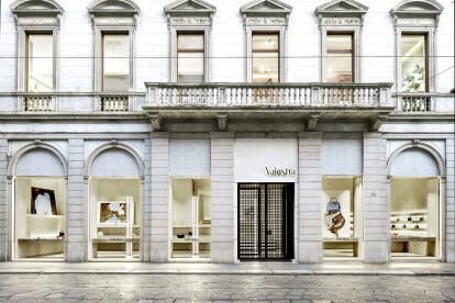Valextra Flagship Store Milan