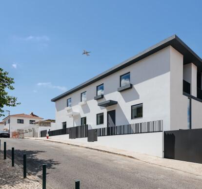 Semi-Detached Houses in Calçada dos Mestres