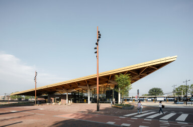 Powerhouse and de Zwarte Hond complete Assen train station with striking triangular wooden roof