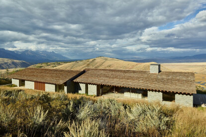 Long and low Wyoming house draws from worldly inspirations