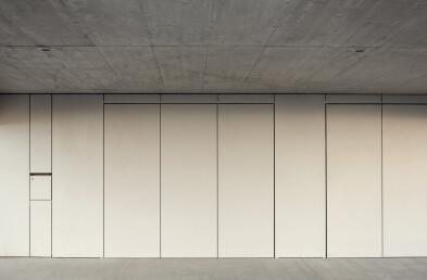 House MJ garage facade wall horizontal section