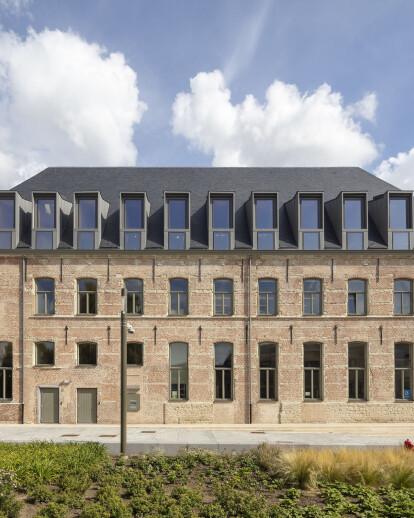 New public library in Mechelen reveals the heart of an original Baroque monastery