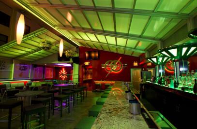 Ozio Restaurant Retractable Roof