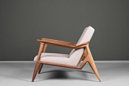 Lipa Armchair