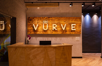 Vurve Signature Salon, ECR