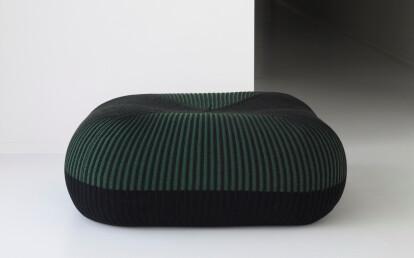 Quadrato Medium in Bonnet Bi colour combination and Linea pattern