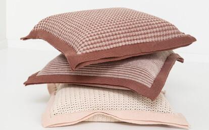 Bonnet Bi Cushion with Quadri (top), Linea and Occhio pattern
